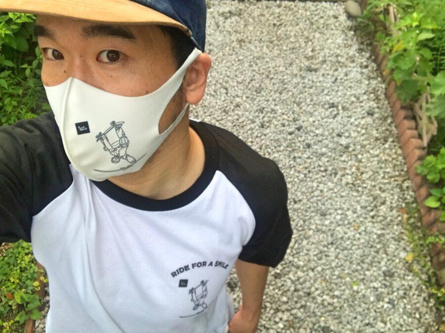 プロスノーボーダー藤沼到 オリジナルTシャツとオリジナルマスク